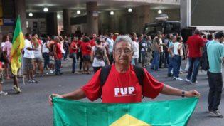 Bolsonaro e Haddad se comprometem em respeitar liberdade de imprensa