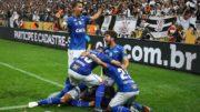 Jogadores festejam gol de Arrascaeta que garantiu vitória e título do Cruzeiro (Foto: Marcello Fim/Ofotográfico/Folhapress)