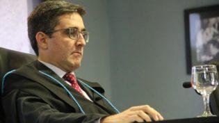 Auditor do TCE suspende contrato de R$ 2 milhões da Prefeitura de Lábrea