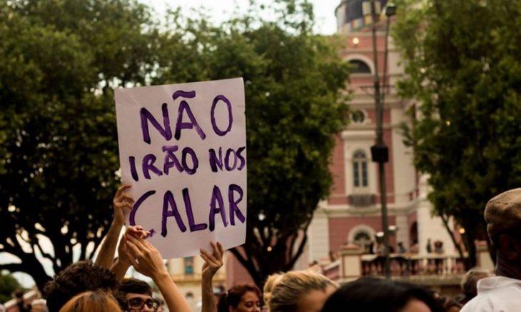 Ativistas querem chamar a atenção para o risco de perda dos direitos das mulheres, negros e LGBT (Foto: Larissa Martins/Divulgação)