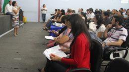 Educadores receberam orientação sobre funcionamento de sistema de informática para registrar frequência (Foto: Lton Santos/Semed)