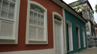 Criatividade e cardápio diferenciado são critérios para uso comercial de casas históricas em Manaus