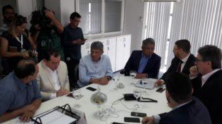Falta de dinheiro para pagar empresas médicas no Amazonas gera duas dúvidas