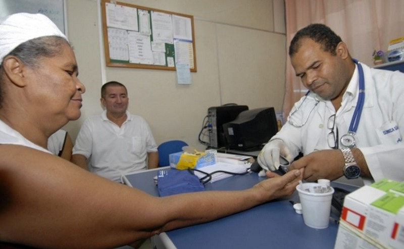 Médicos cubanos deixaram o programa Mais Médicos após exigências do presidente eleito Jair Bolsonaro (Foto: Agência Brasil)