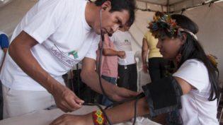 Alternativas a cubanos vão de plano de carreira a Fies e serviço civil obrigatório