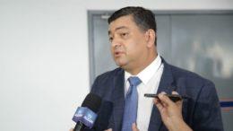 Dermilson Chagas, que é líder do governo, criticou o governador Amazonino Mendes em discurso na ALE (Foto: Assessoria/Divulgação)