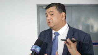 Líder de Amazonino na ALE, Dermilson Chagas critica o próprio governador