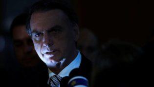 Bolsonaro mantém estilo imprevisível no primeiro mês de transição