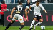 Pedrinho em lance de jogo: Corinthians e São Paulo empataram e se mantiveram praticamente nas mesmas posições na tabela (Foto: Rodrigo Gazzanel/Agência Corinthians)