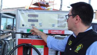 Força-tarefa notifica postos em Manaus após litro da gasolina passar dos R$ 4