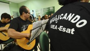 Projeto Musicando da UEA está com inscrições abertas para novas turmas