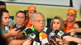 Amazonino Mendes, governador do Amazonas