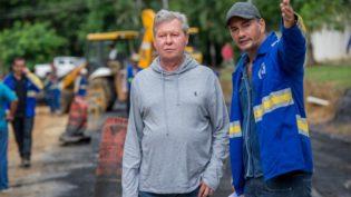 Após tratamento de saúde, Arthur retoma rotina de visitas a obras