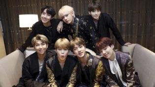 Integrantes da banda BTS sofrem 'pequeno acidente' de carro após show