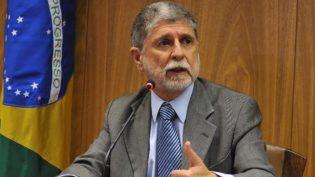 Celso Amorim defende frente ampla de esquerda 'deslocada para a direita'