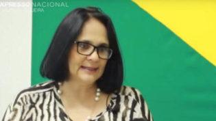 'Mulher nasceu para ser mãe e ideologia de gênero é morte', diz Damares
