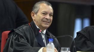 Cinco se declaram suspeitos para julgar habeas corpus de desembargador no TJAM