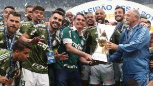 Antes de Bolsonaro, Brasil teve presidente cartola e ex-jogador de futebol