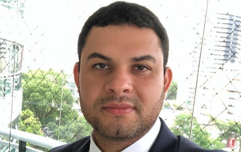 Saullo Vianna foi eleito deputado estadual na eleição de outubro e presta esclarecimento à PF (Foto: Facebook/Reprodução)