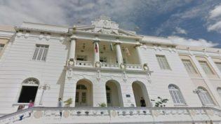 Juízes da Paraíba são autorizados a 'vender' férias para ganhar mais