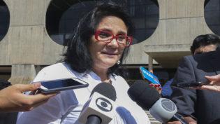 Damares Alves diz ter sido violentada por dois pastores quando criança