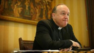 Tribunal na Austrália reverte condenação de ex-arcebispo por acobertar abuso