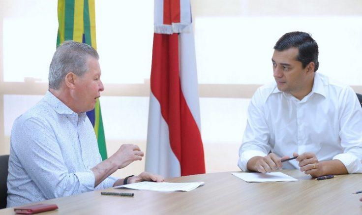 Prefeito Arthur Neto com, o governador Wilson lima: conversa para ações conjuntas (Foto: Diego Péres/Secom)