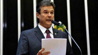 Líder do PSD defende independência, mas apoiará projetos do governo