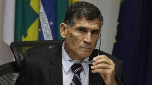 Presidência tem a porta aberta para toda a sociedade, diz ministro