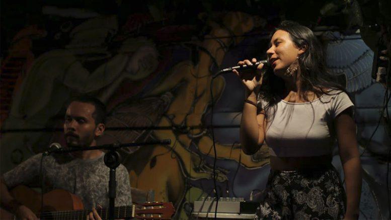 Gabriella Dias e Banda - música brasileira