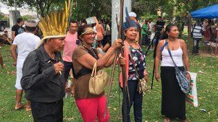 Índios pedem regularização de área invadida em bairro de Manaus