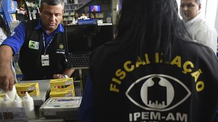 Ipem notifica duas empresas em primeiro dia de operação 'Volta às Aulas'