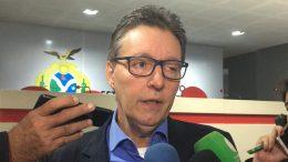 Secretário Luiz Castro anunciou auditoria em contratos (Foto: ATUAL)