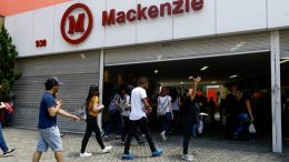 Universidade Mackenzie decidiu expulsar aluno após manifestação racista (Foto: Aloisio Mauricio /Fotoarena/Folhapress)