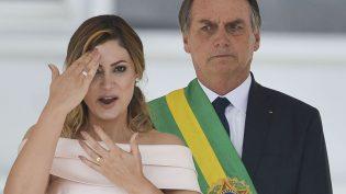 Discurso de Michelle Bolsonaro em Libras ajuda na inclusão, dizem surdos