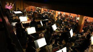 Orquestra apresenta obras clássicas em três concertos no Teatro Amazonas