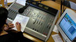Rádios comunitárias são importantes para comunidades em regiões de difícil acesso, defende associação (Foto: Divulgação)