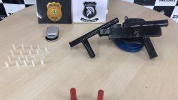 Escopeta de fabricação caseira estava com mulher presa por tráfico (Foto: PCAM/Divulgação)