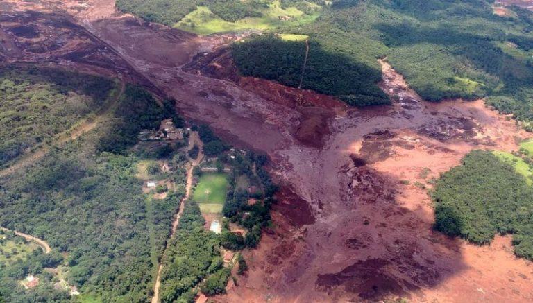 Destruição causada por rompimento de barragem em Brumadinho (Foto: Corpo de Bombeiros-MG/Divulgação)
