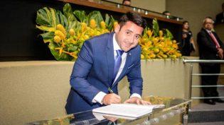 Carlinhos Bessa assume liderança do governo Wilson Lima na Assembleia