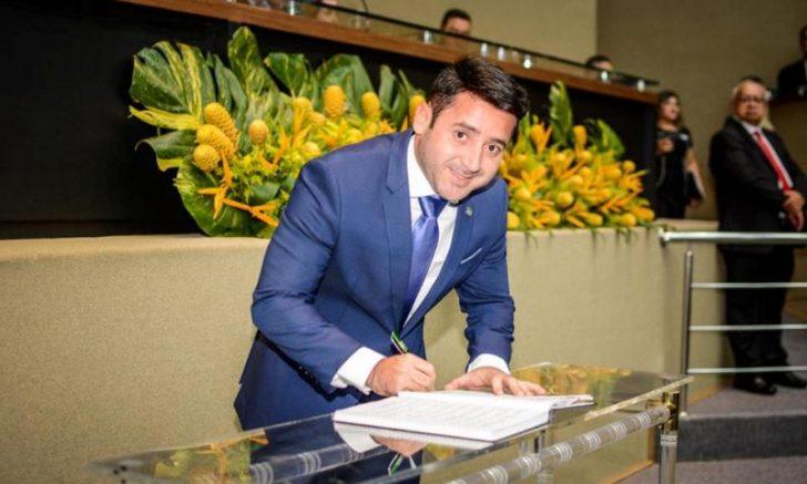 Carlinhos Bessa, líder do governo na ALE