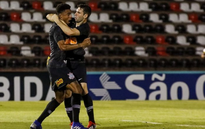 Mauro Boselli fez o gol da vitória do Corinthians (Foto: Rodrigo Gazzanel/Ag. Corinthians)