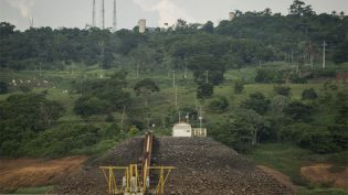 Juíza de Manaus manda Eletronorte parar de pressionar índios