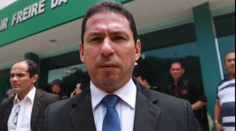 Marcelos Ramos se posicionou contra uso do FTI na saúde em visita a Iranduba (|Foto: Facebook/Reprodução)