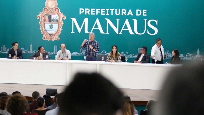 prefeito Arthur Virgílio Neto
