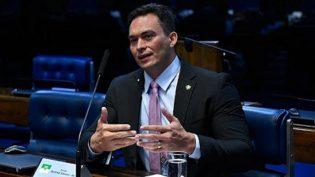Com foco no PT, senador propõe CPI para investigar pagamentos de anistia