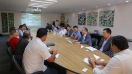 Governador Wilson Lima e recebe pesquisadores coreanos