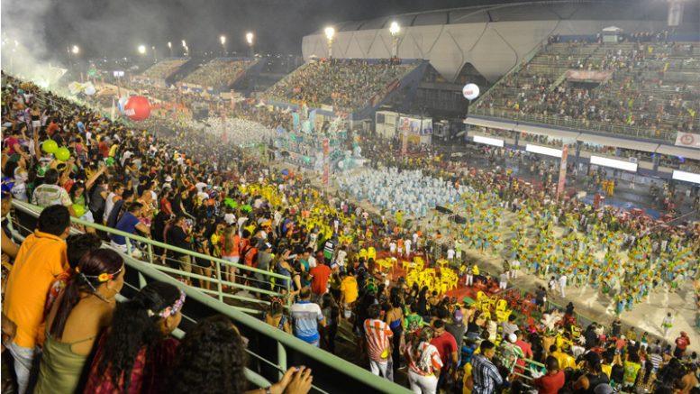 desfile carnaval em manaus