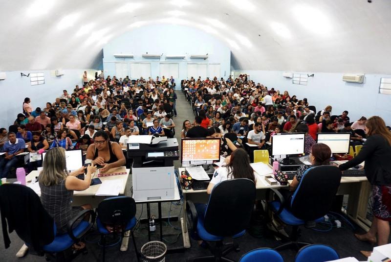 Aprovados devem procurar a Semed para apresentar documentos (Foto: Cleomir Santos/Semcom)