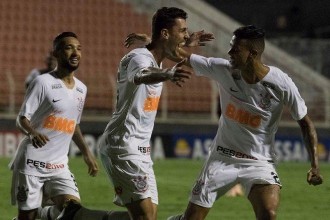 Danilo Avelar marcou para o Corinthians contra o Ituano (Foto: Daniel Augusto Jr/Agência Corinthians)